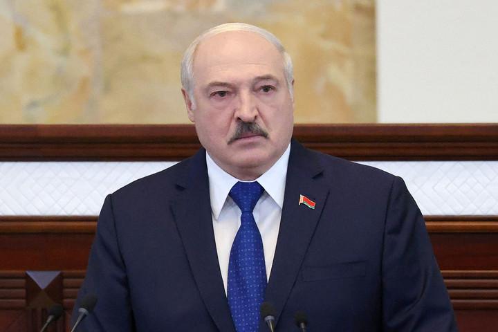 Lukasenka szerint az EU megfojtja az országát