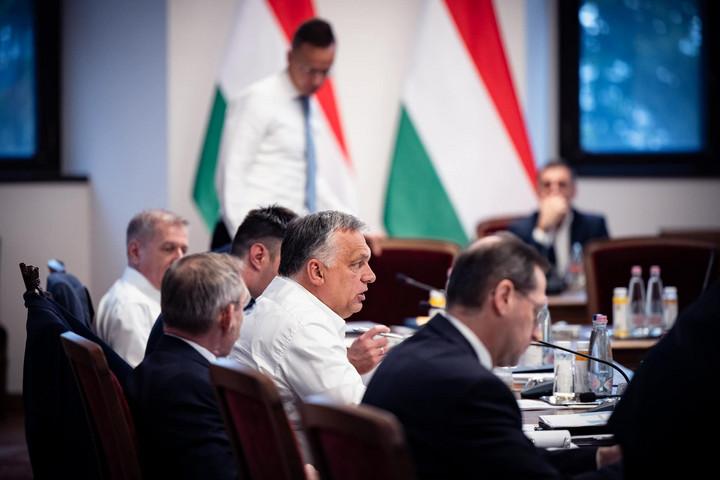 Kormányüléssel folytatódik a magyar-szerb csúcstalálkozó