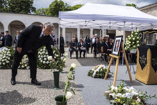 Elbúcsúztatták Hámori József Széchenyi-díjas biológust