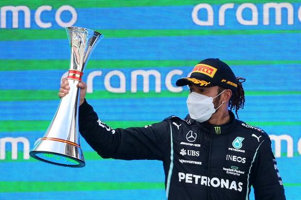 Lewis Hamilton nyerte a Spanyol Nagydíjat