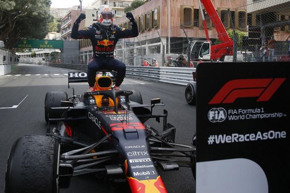 Verstappen győzött a Monacói Nagydíjon és az összetettben is vezet