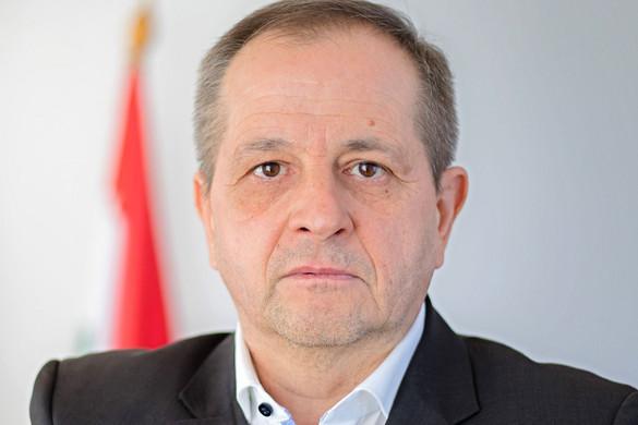 Másfél milliárd forintból egy kapavágást sem végeztek Cseh Katalinék