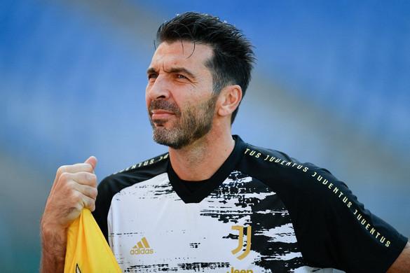 Buffon távozik a Juventustól, de máshol még szívesen védene