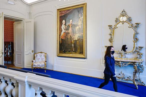 Megújult a tatai Esterházy-kastély