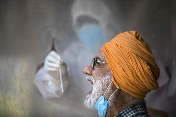 Megkezdték az oltást a Szputnyik V vakcinával Indiában