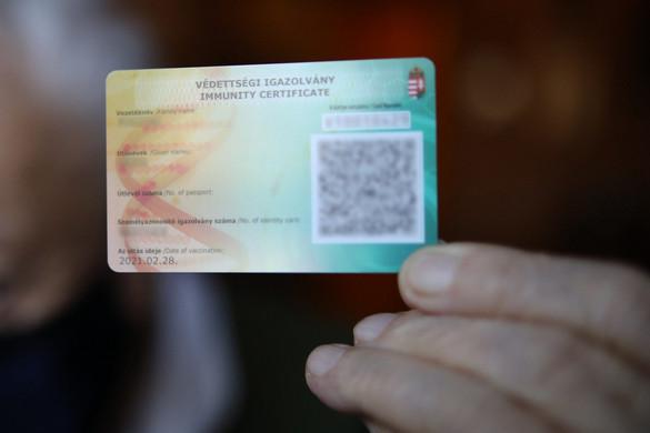 Már hat ország fogadja el a magyar védettségi igazolványt