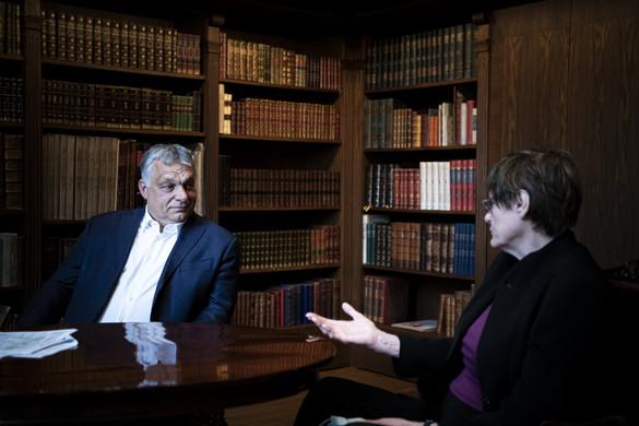 Orbán Viktor fogadta Karikó Katalint