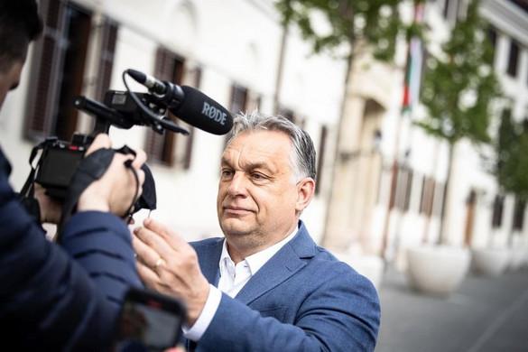 Orbán Viktor: Viszlát, maszk!