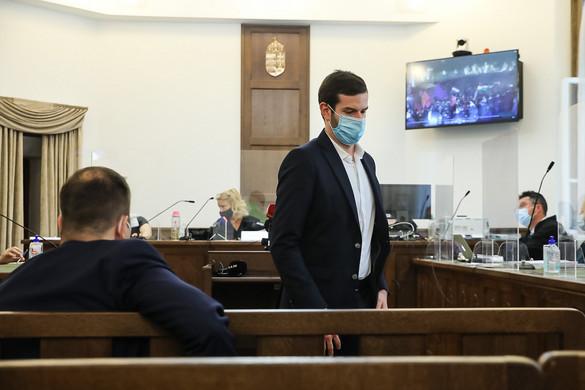 Fekete-Győr Andrásék most sem vállalták a felelősséget a füstbombákért