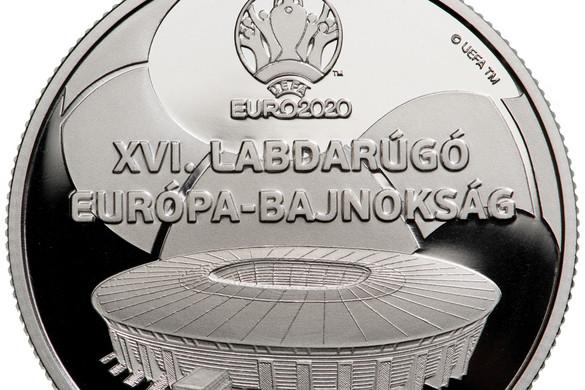 A júniusban kezdődő foci-Eb-t két érmével ünnepli az MNB