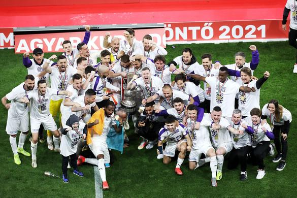 Meglepetés: Hosszabbítás után az Újpest nyerte a Magyar Kupát