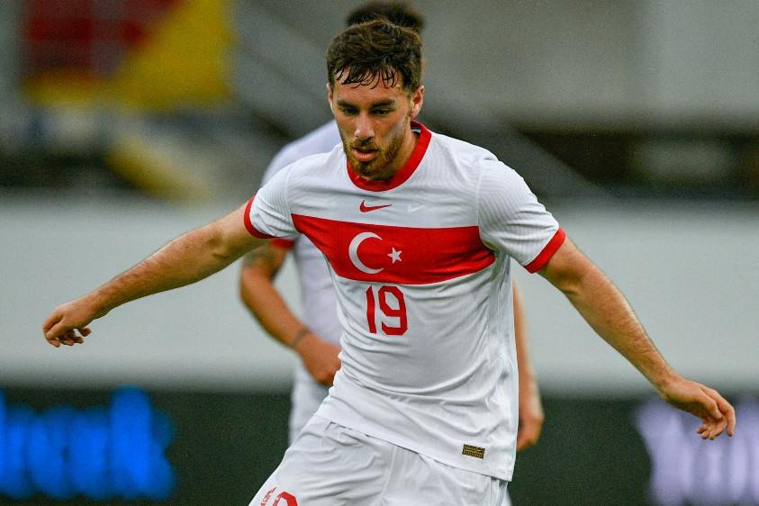 Orkun Kökçü utánpótlásban holland válogatott is volt, de felnőttként Törökország mellett döntött