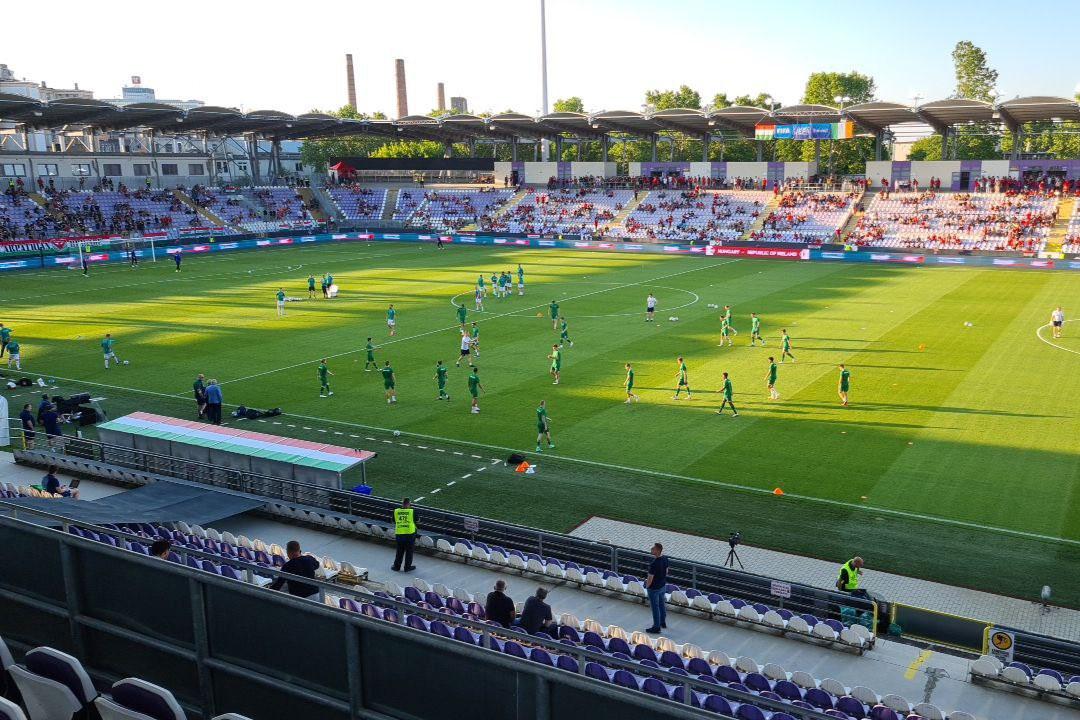 Melegítés Eb előtti utolsó felkészülési mérkőzés előtt a Szusza Ferenc Stadionban