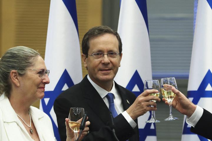 Hercog lesz az új izraeli elnök