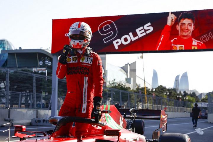 Leclerc nyerte a balesetekkel tarkított bakui időmérőt