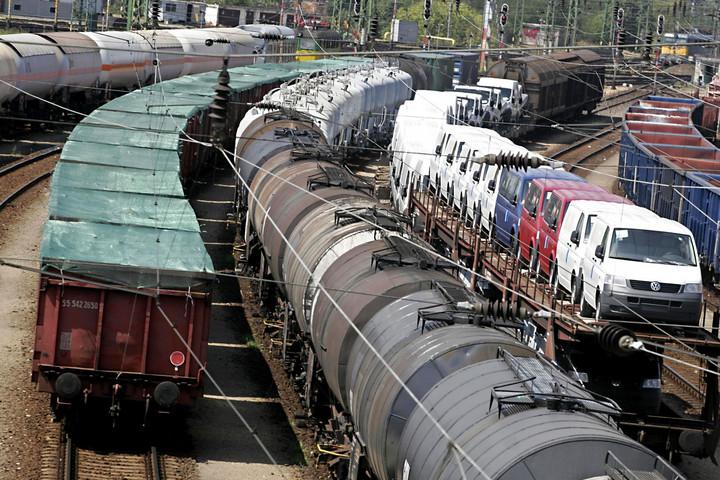 Ezer vonat Kínából