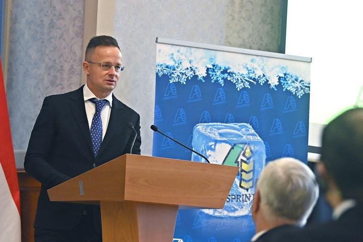 Eljött az ideje a magyar gazdaság újraindításának