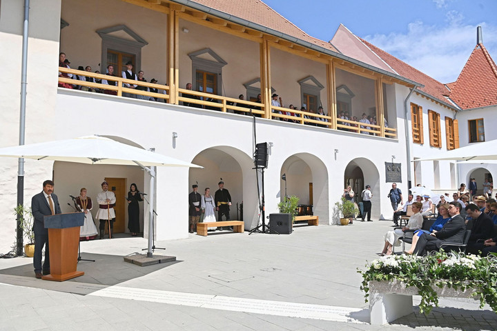 Látogatható a Rákóczi-kastély
