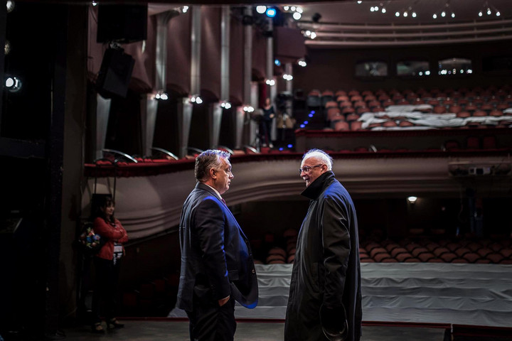 Orbán Viktor is elbúcsúztatta a Szolnoki Szigligeti Színház leköszönő igazgatóját