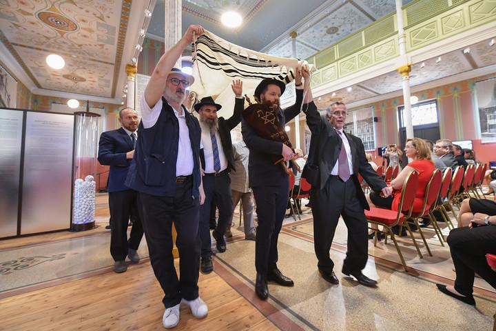 Átadták a felújított berettyóújfalui zsinagógát