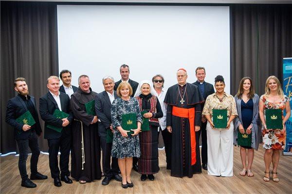 Bemutatták a Nemzetközi Eucharisztikus Kongresszus himnuszát