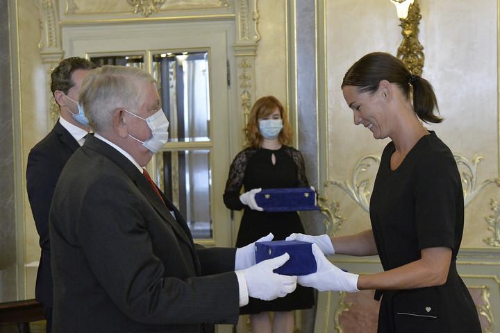 Átvette a Csík Ferenc-díjat Görbicz Anita