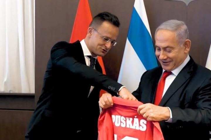 Szijjártó: Magyarország kiáll Izrael mellett