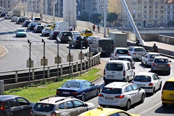 Közlekedési káoszt teremt Karácsony