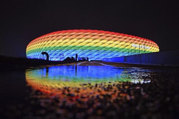 Az UEFA nem engedi, hogy szivárványszínnel világítsák ki a müncheni stadiont