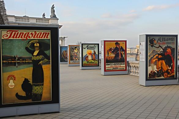Kulturális forgatag a Várkert Bazárban