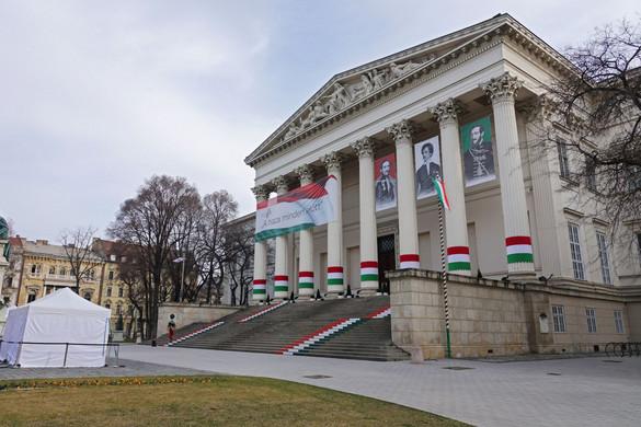 Kulturális újranyitás a Múzeumok Éjszakáján