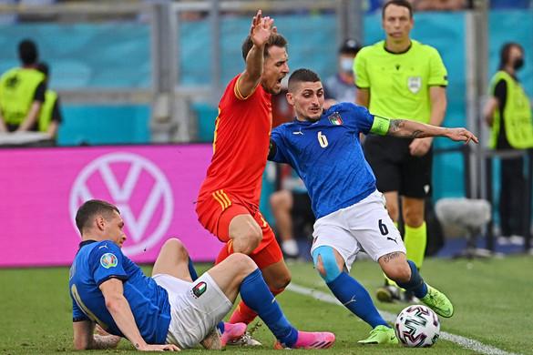 Csúcsokat döntve csoportelső a Squadra Azzurra