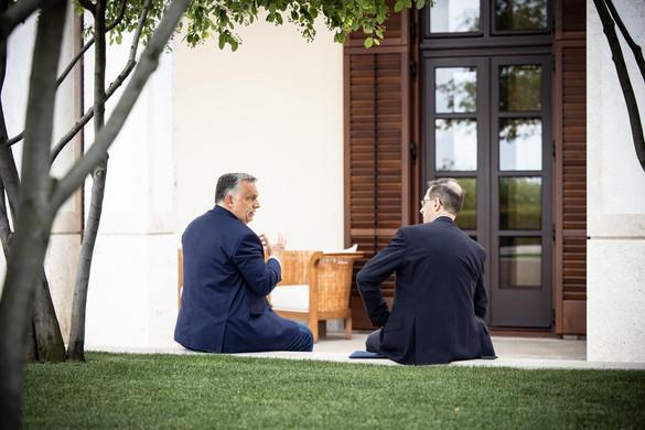 Orbán Viktor a pénzügyminiszterrel egyeztetett