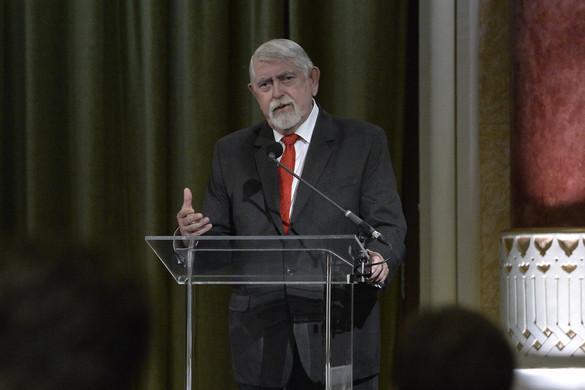 Semmelweis-napi elismeréseket adott át Kásler Miklós
