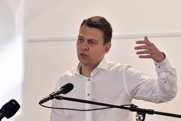 Menczer: A kormány számára fontosak a kereszténydemokrata értékek