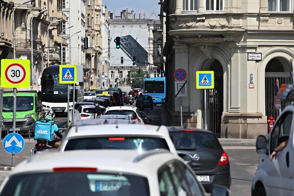 A budapesti dugókról próbálja elterelni a figyelmet a főpolgármester az atlétikai vb visszavonásának kezdeményezésével