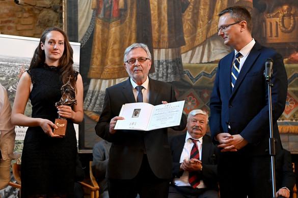 Szidiropulosz Archimédesz kapta a Szent István-díjat