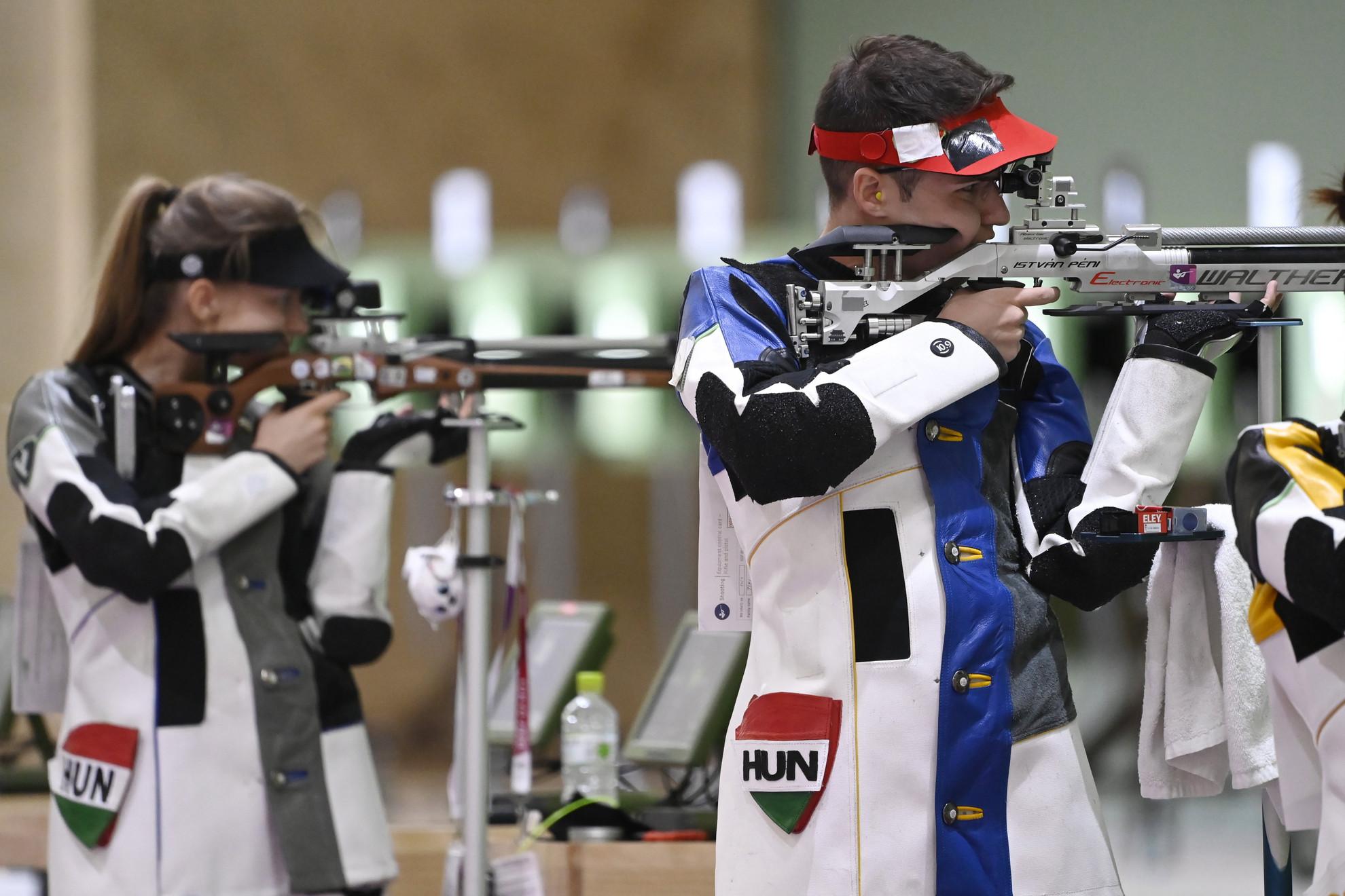 A Mészáros Eszter, Péni István kettős hetedik helyen végzett