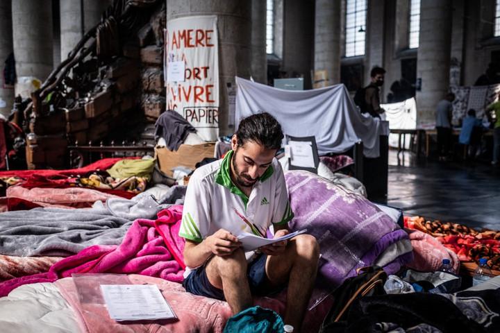 Megállapodtak a belga kormánnyal az éhségsztrájkoló migránsok