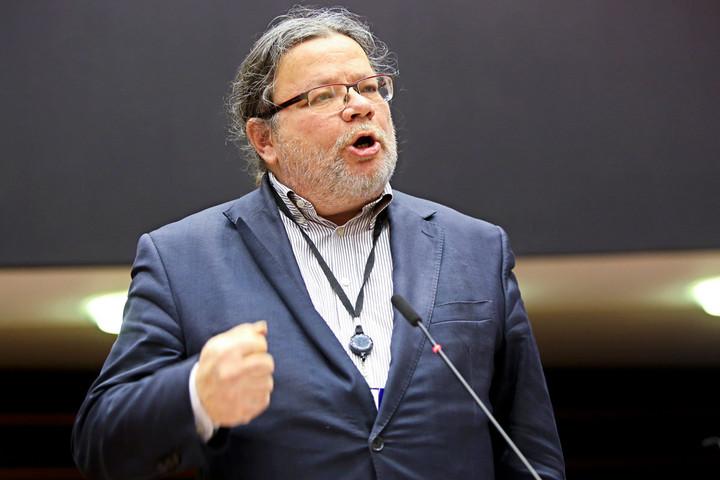 Gyerekeinket ne bolondítsák genderaktivisták – üzente Alexandr Vondra EP-képviselő