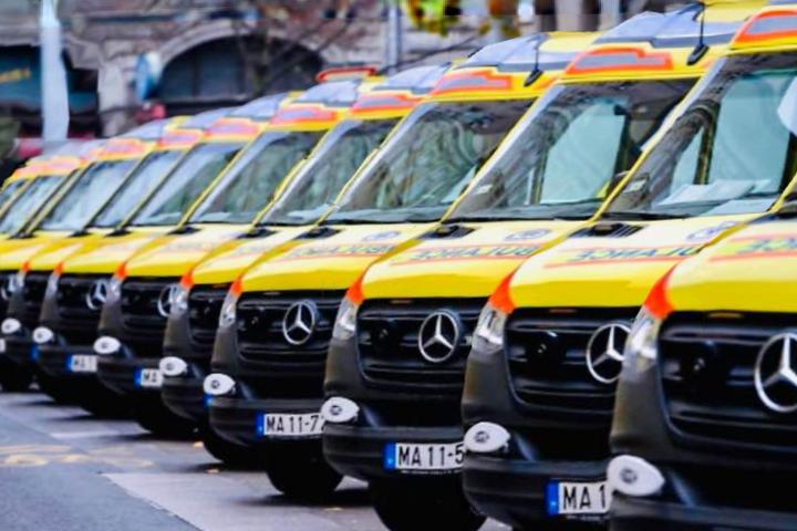 Új autókat kaptak a mentősök
