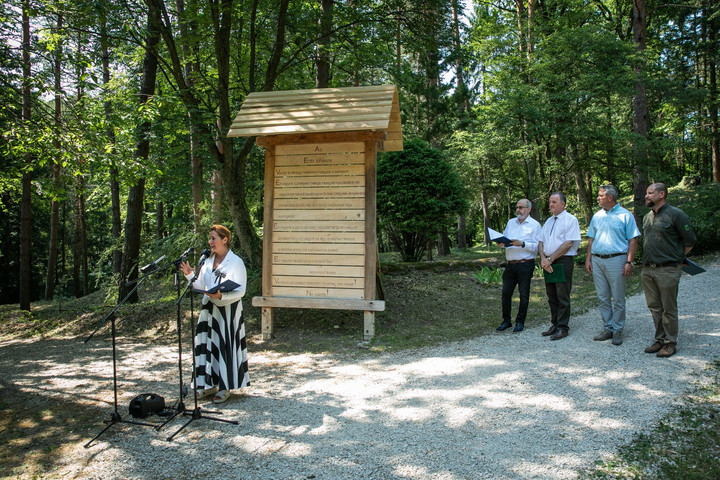 Átadták a Pilisi Parkerdő Zrt. turisztikai fejlesztéseit