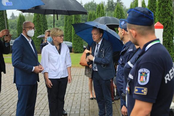 Litvánia akadályt épít a fehérorosz határon a migráció ellen