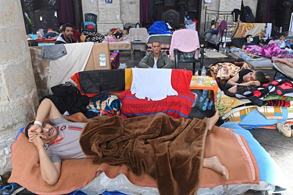 Migránsok éhségsztrájkja miatt bukhat a belga kormány
