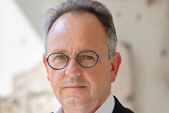 Visszaküldte Óbuda DK-s vezetője a belépőket