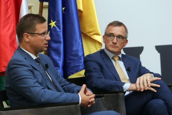 """""""A magyar konzervativizmust a nemzet, a család és a munka jelenti"""""""