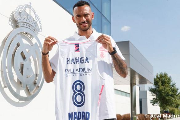Hivatalos: Hanga Ádám a Real Madridba igazolt