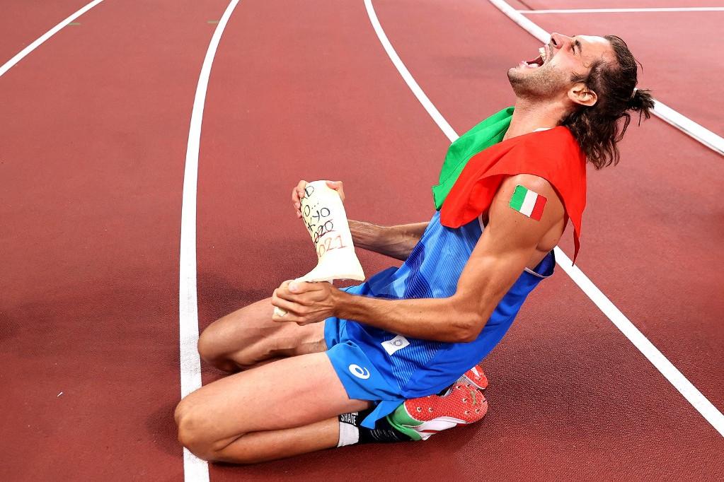 A győztes Gianmarco Tamberi öröme az olimpiai döntő után