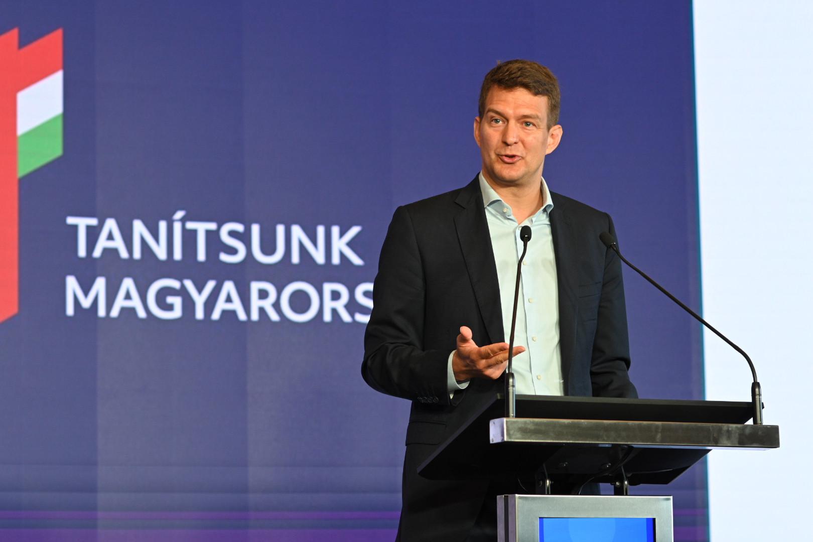György László, az Innovációs és Technológiai Minisztérium (ITM) gazdaságstratégiáért és szabályozásért felelős államtitkára, a Tanítsunk Magyarországért! program alapítója