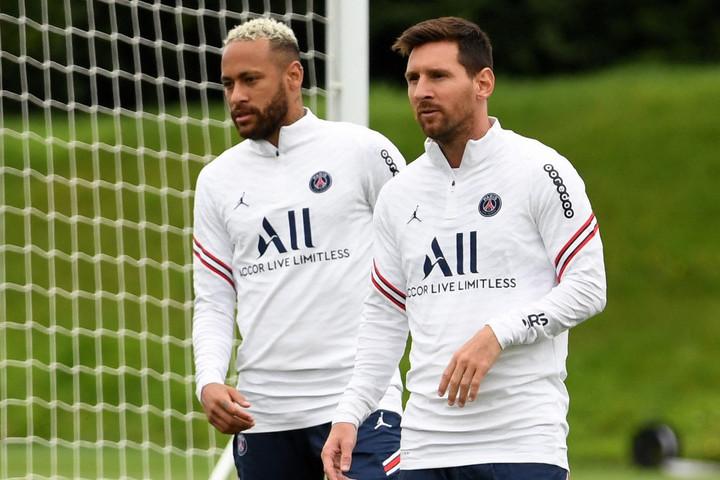 Továbbra sem játszhat Messi